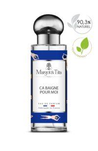 Parfum 30ml Ça baigne pour moi de la marque Margot&Tita. Senteur aquatique composée en tête de citron, bergamote, notes aromatiques, en cœur de notes marines, pomme, tabac, bois de santal et en fond musqué, ambré, notes solaires, boisé.