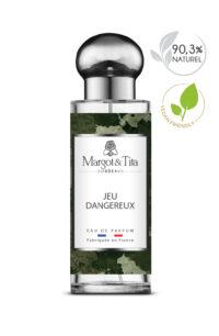 Parfum 30ml Jeu dangereux de la marque Margot&Tita. Senteur boisée composée en tête de cardamome, bergamote, citron, en cœur de cèdre, bois de cachemire, miel et en fond vanille, santal, musc.