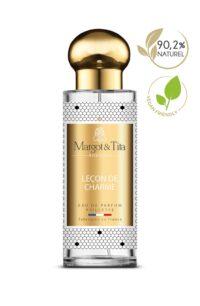 Parfum 30ml Leçon de charme de la marque Margot&Tita. Senteur florale composée en tête de citron, geranium, rose, lavande, en cœur de fleurs blanches, pivoine, magnolia et en fond vanille, boisé, ambre gris.