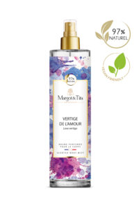 Brume parfumée vegan Vertige de l'amour de 150ml de la marque Margot&Tita. Senteur florale composée en tête de poire, mangue, bergamote, nectarine, en cœur de lotus, jasmin, magnolia et en fond musc, santal, vanille.