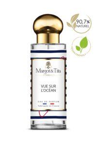 Parfum 30ml Vue sur l'océan de la marque Margot&Tita. Senteur aquatique composée en tête de citron, bergamote, romarin, en cœur de géranium, cassis, notes aromatiques et en fond notes marines, floral, pomme.